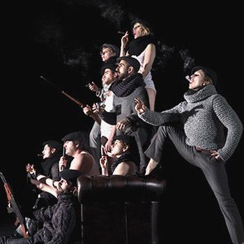 В спектакле Фабра единая Европа зло и остроумно смеется над собой, над своими иллюзиями, слабостями и грехами.