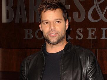 Рики Мартин (Ricky Martin) поблагодарил родителей и возлюбленного