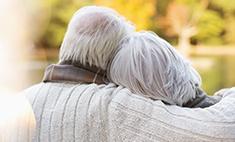 Влюбленные умерли, держась за руки, после 58 лет брака