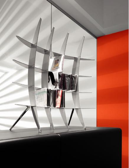 Размеры готовых стеллажей могут быть самыми разными. Стеллаж Festival от Cattelan Italia