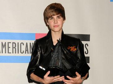 Джастин Бибер (Justin Bieber) занимается благотворительностью