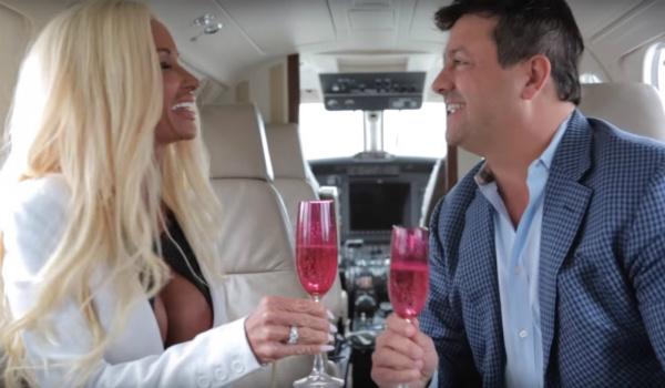 Мать 5-х детей за $500 тысяч превратилась в Барби