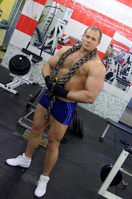 Омск, фитнес-тренеры Омска, фитнес-клубы Омска, Дмитрий Ангел