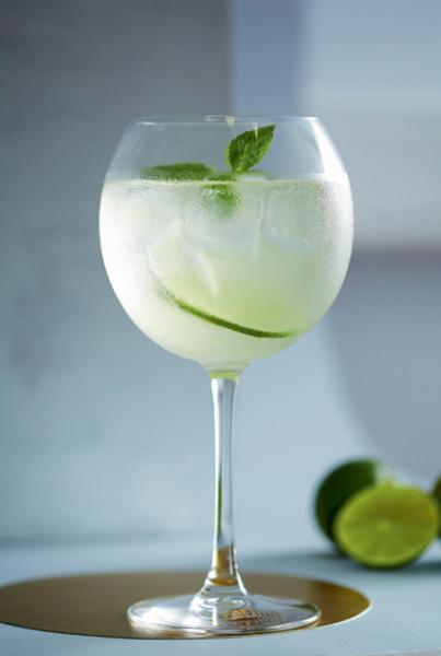 летние освежающие коктейли с алкоголем рецепты