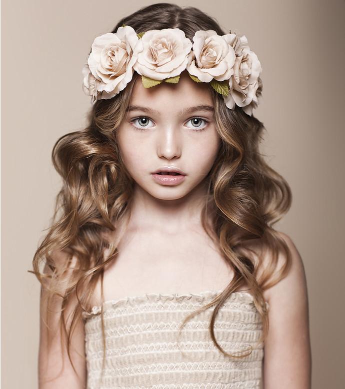 фотоальбомы юной русской модели