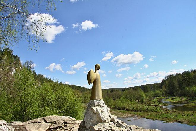 """Ангел """"Единая надежда"""" в парке """"Оленье ручьи"""", фото"""