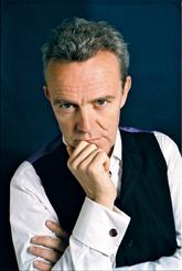 Ален Пассар (Alain Passard), шеф-повар и владелец парижского ресторана L'Arpège (три звезды Michelin), автор книги «Коллажи и рецепты» (Clever, 2012).