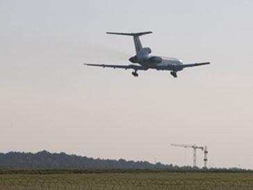 Причиной мер стала аварийная посадка самолета Ту-154