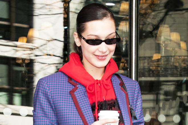 Трико и очки «Нео»: что возвращается в моду из 90-х