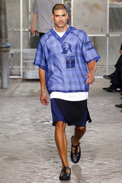 Неделя мужской моды в Париже: лучшие показы | галерея [4] фото [28]