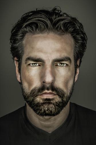 Мужчины все больше внимания уделяют своей внешности. Угрожает ли это их мужественности?