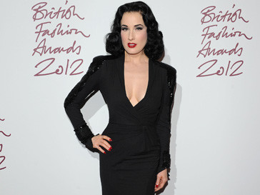 Дита фон Тиз (Dita Von Teese) на British Fashion Awards 2012
