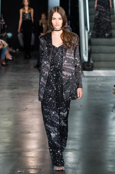 Дотянуться до звезд: показ коллекции A LA RUSSE Anastasia Romantsova осень-зима 2015-2016 | галерея [2] фото [4]