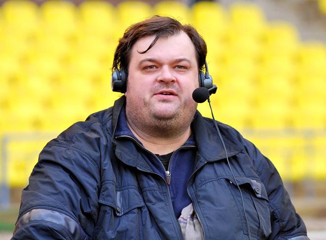 Василий Уткин обещал побриться наголо в случае вылета сборной России