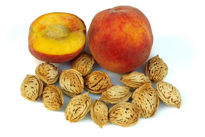 Масло персиковых косточек для лица