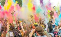 Найди себя! Самые позитивные лица Магнитки – на фестивале Holi Dance