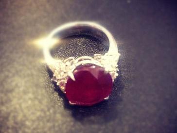 Тина Канделаки показала помолвочное кольцо