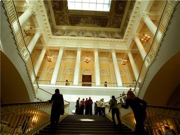 Посетить Русский музей, не выходя из дома