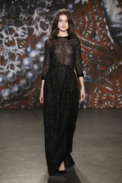Самые роскошные вечерние платья Недели моды в Нью-Йорке | галерея [2] фото [8]