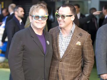 Элтон Джон (Elton John) получил свое приглашение