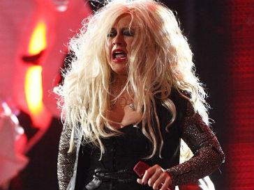 Кристина Агилера (Christina Aguilera) продолжает удивлять фанатов