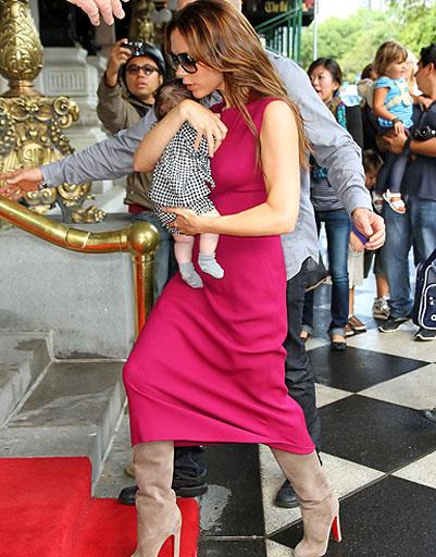 Виктория Бекхэм (Victoria Beckham) с дочкой