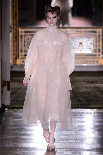 Самые красивые образы Недели моды в Лондоне | галерея [1] фото [20]