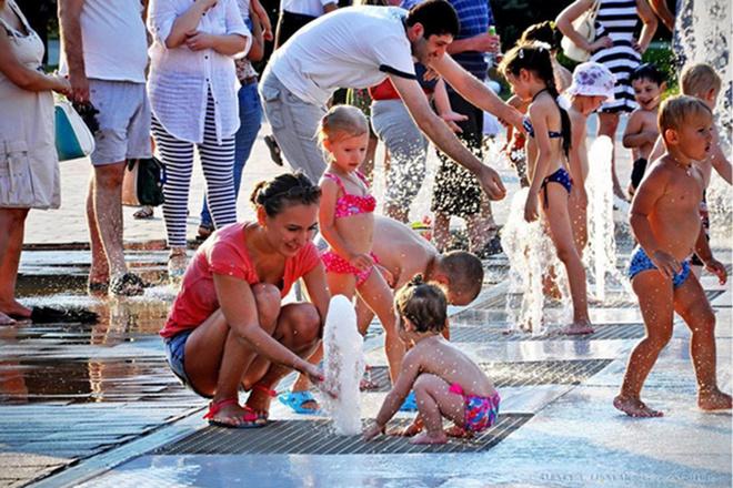 Волгоград, День Нептуна, дети, праздник, Жара, лето, фонтан, куда пойти с детьми