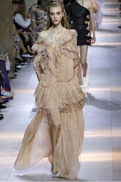 50 лучших платьев Недели моды в Милане | галерея [1] фото [35]