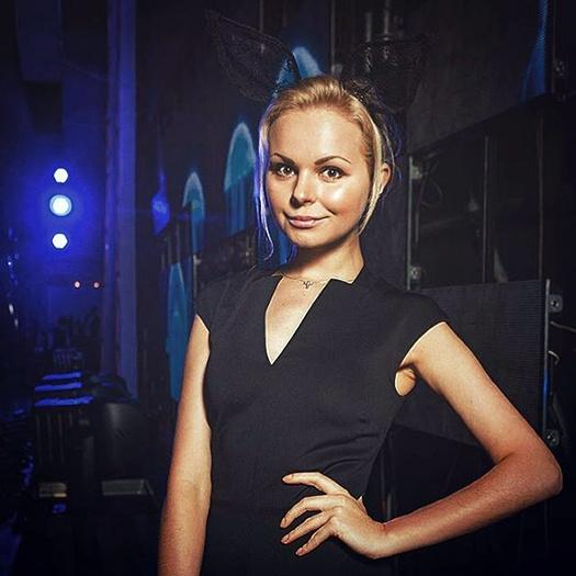 Экс-солистка Ленинграда Алиса Вокс представит две песни до выхода альбома