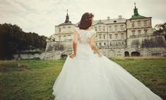 Закрытая спина: свадебное платье для скромницы и прелестницы