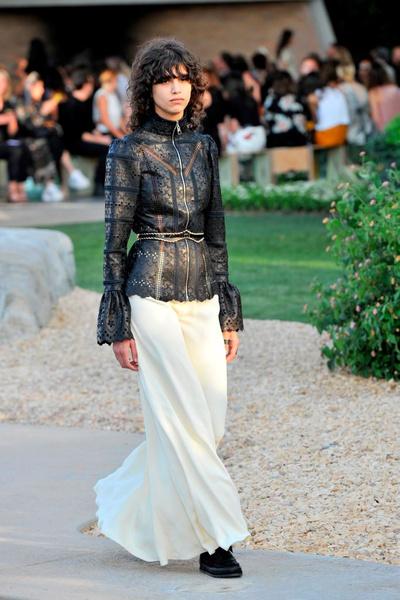 Показ круизной коллекции Louis Vuitton в Палм-Спринг   галерея [1] фото [20]