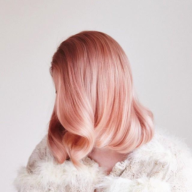 модное окрашивание розовое золото