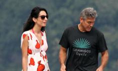 У невесты Клуни уже заметен животик