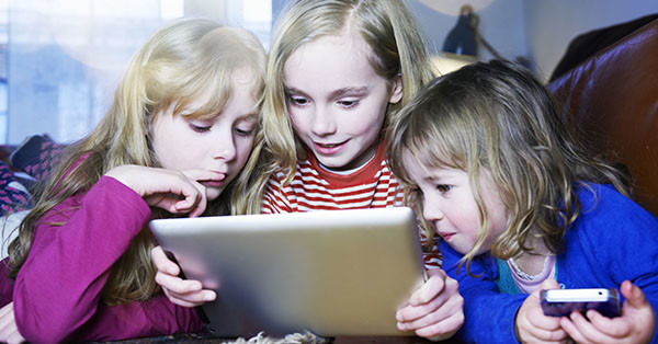 effects of electronic gadgets to students Technology continues to expand, even to children early on their infancy parents, did you know that gadgets impede the overall development of your kids.