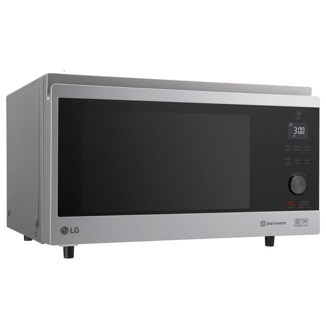 Новая микроволновая печь LG NeoChef