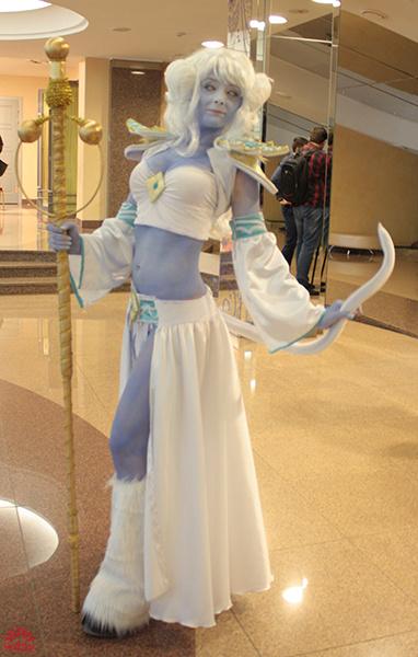 Алена Каменецких в образе из игры World of Warcraft, U:CON