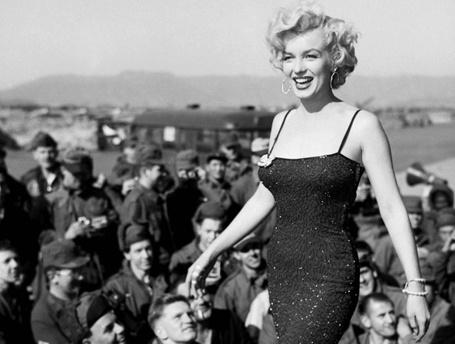 30 вдохновляющих цитат для женщин