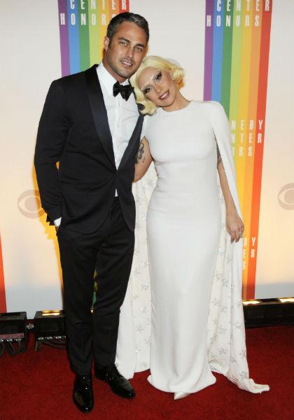 Леди Гага возьмет фамилию мужа