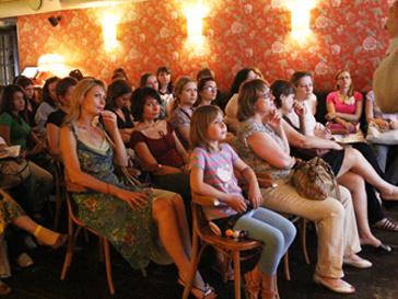 Femme Club вновь соберется, чтобы обсудить серьезные женские темы.