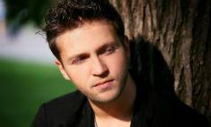 Андрей Гризли: «Я пишу песни для Билана»