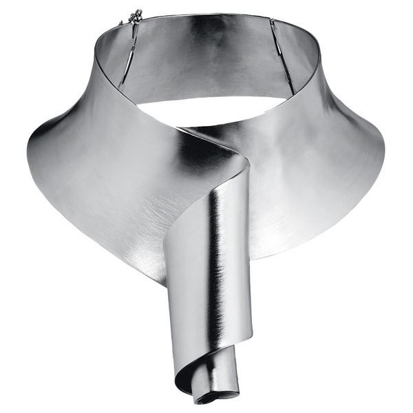 Колье из стали, Louis Vuitton