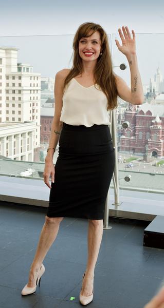 Анджелина Джоли остановилась в одном из самых дорогих отелей столицы. Ее номер стоил почти полмиллиона рублей.