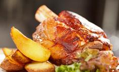 Ужин по-баварски: свиная рулька в пиве