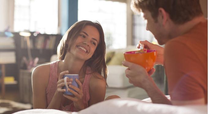 8 утренних ритуалов счастливых пар