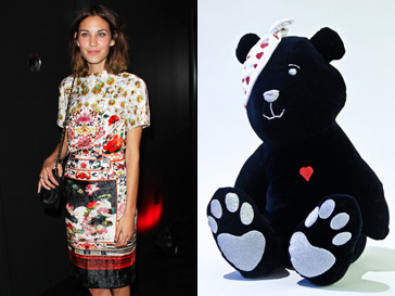 Алекса Чанг создала своего медвежонка Pudsey Bear из темно-синего бархата