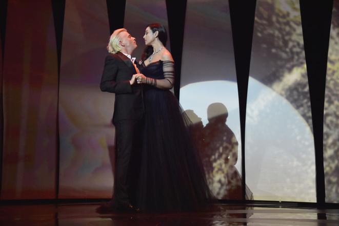 Моника Белуччи запомнилась страстным поцелуем сколлегой наКаннском кинофестивале