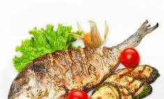 Рыбный день: запекаем рыбу с овощами