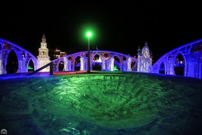 Пермь: ледовый городок на эспланаде 2016