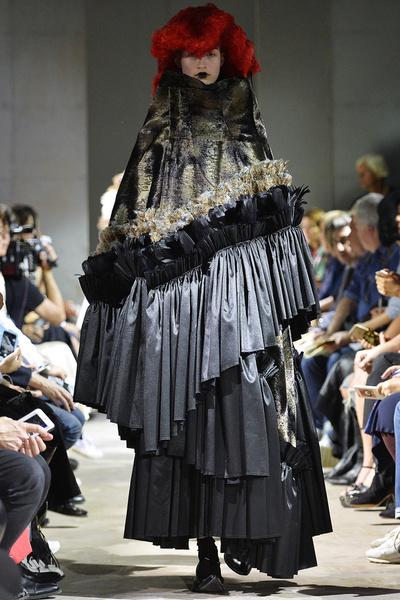 Неделя моды в Париже: день пятый   галерея [4] фото [3]